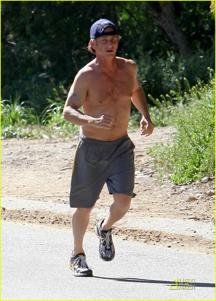 sean penn shirtless jogging 11