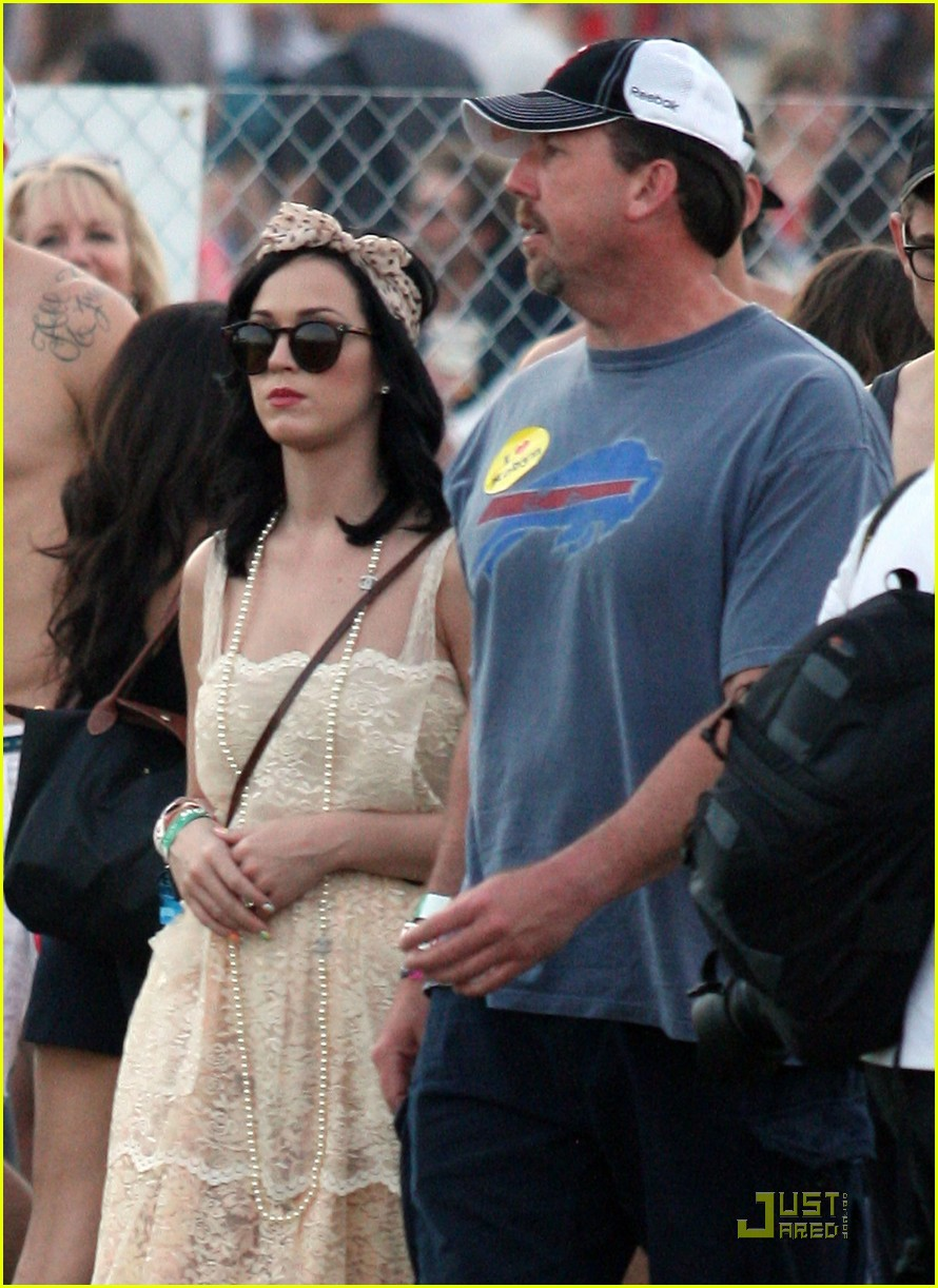katy perry california coachella girl 062536059