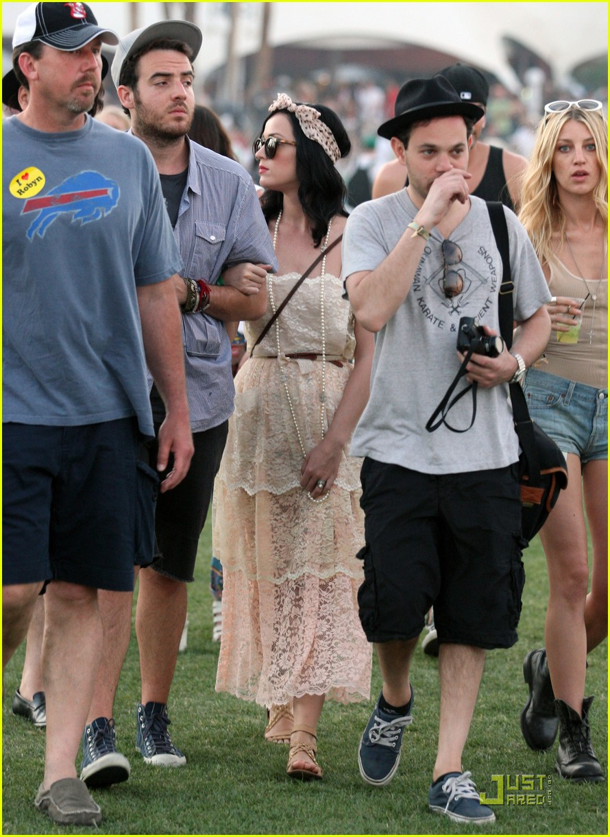 katy perry california coachella girl 09