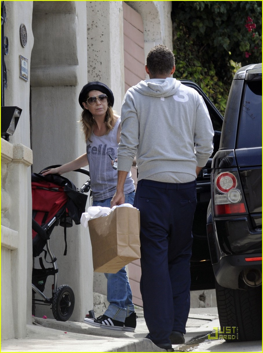 ellen pompeo day out with stella chris ivery 032532469