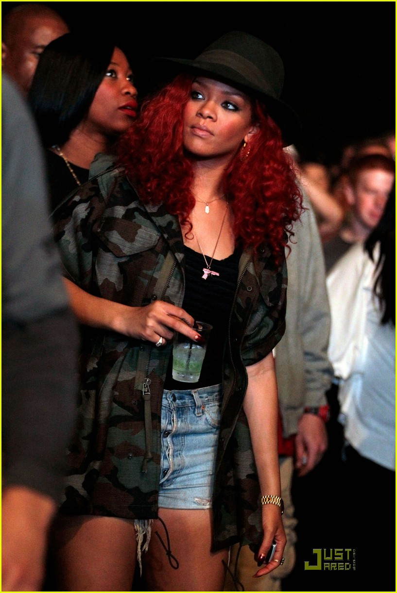 rihanna coachella camouflage 03