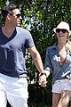 leanne rimes holding hands 17