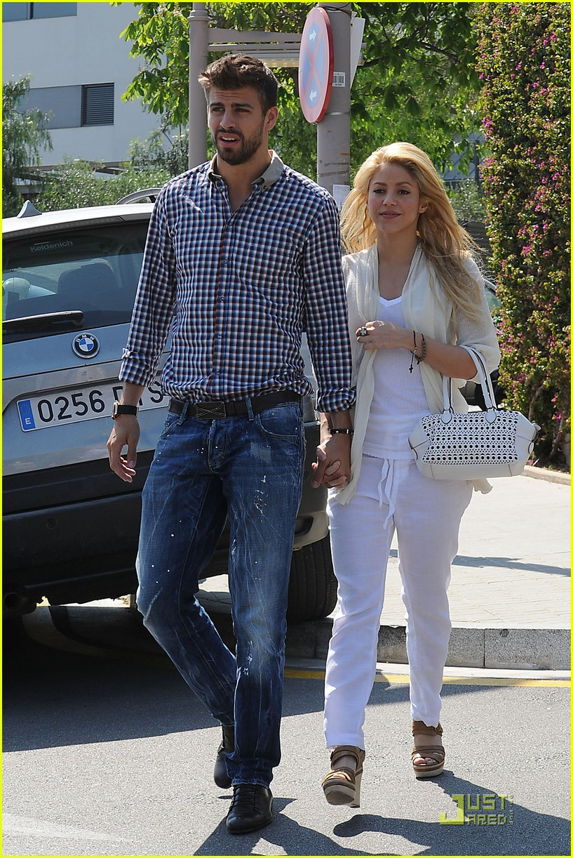 shakira gerard pique lunch lovers 092535888
