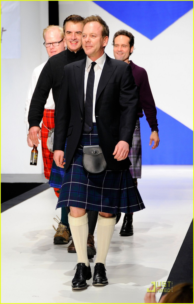 kiefer sutherland dressed to kilt 01