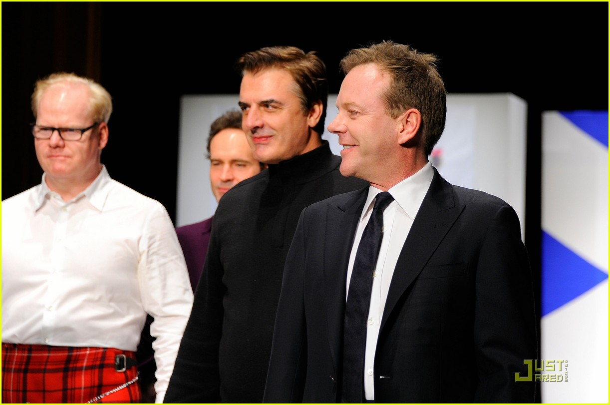 kiefer sutherland dressed to kilt 222533201