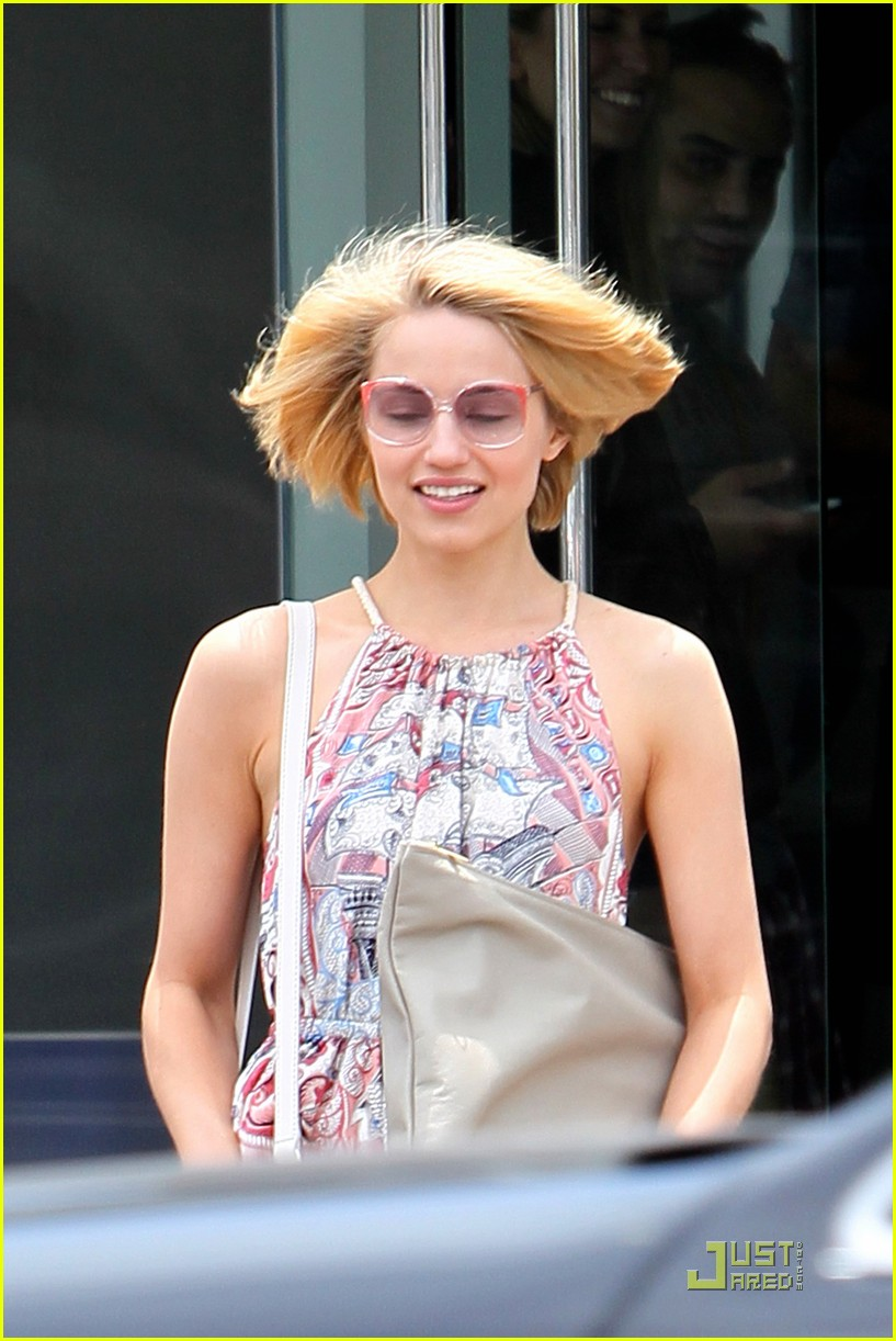Dianna Agron Haircut Touchups Photo 2543614 Dianna Agron Glee