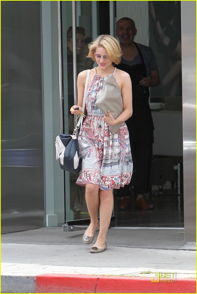 Dianna Agron Haircut Touchups Photo 2543619 Dianna Agron Glee