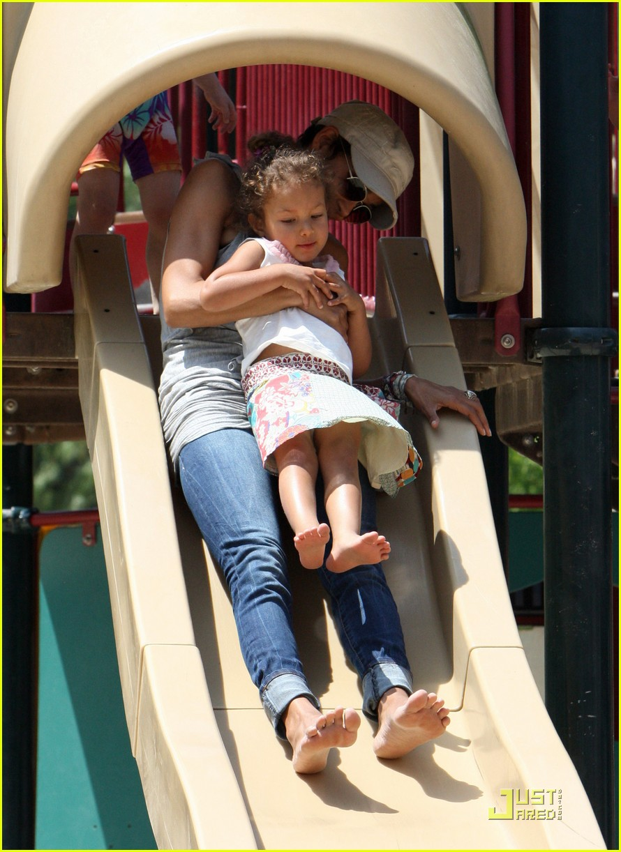 halle berry down the slide with nahla 102541600