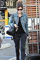 rachel bilson mom shopping denim jacket 04