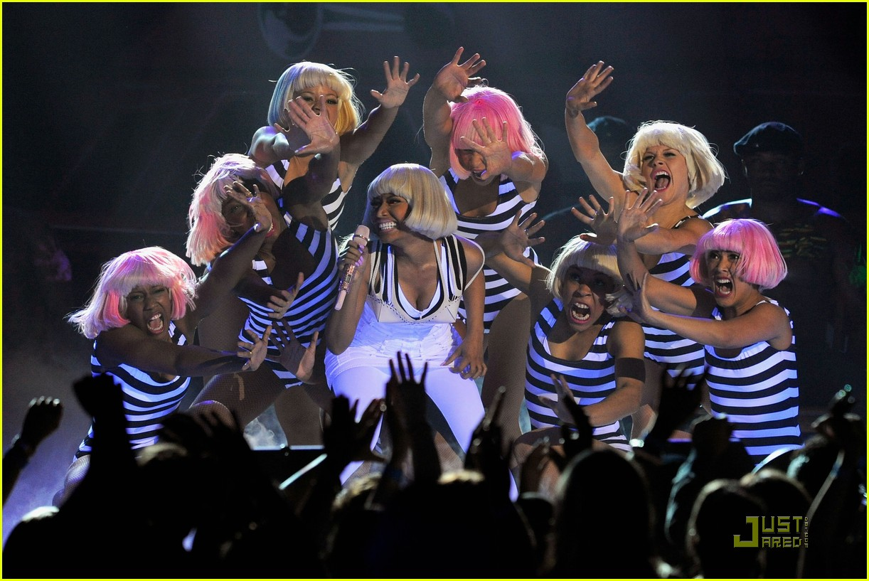 britney spears nicki minaj billboard awards performance 022546532