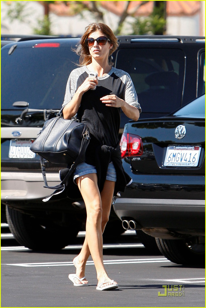 elisabetta canalis gelsons grocery gal 07