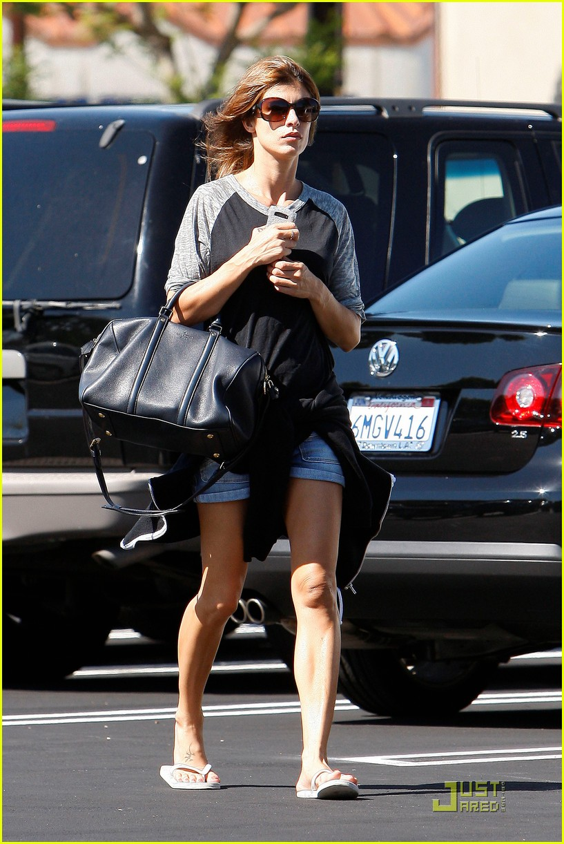 elisabetta canalis gelsons grocery gal 09