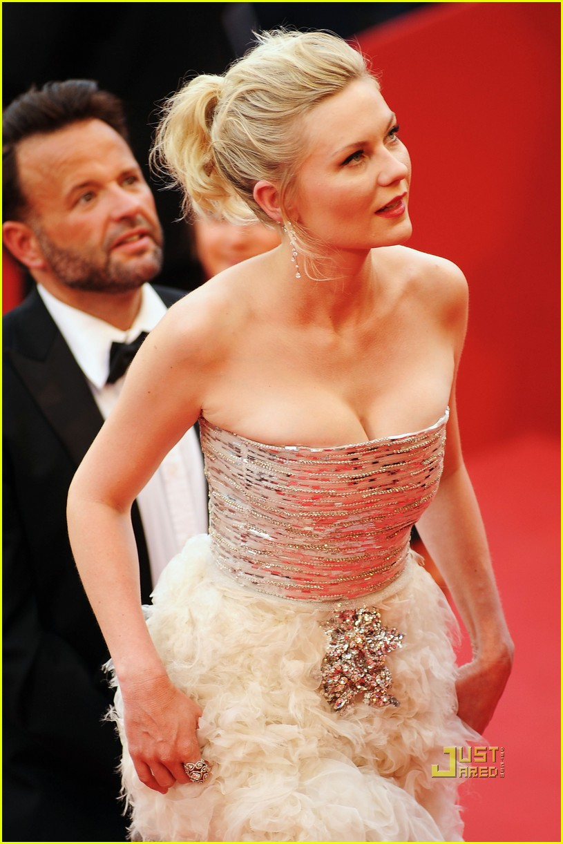 kirsten dunst cannes closing film 02