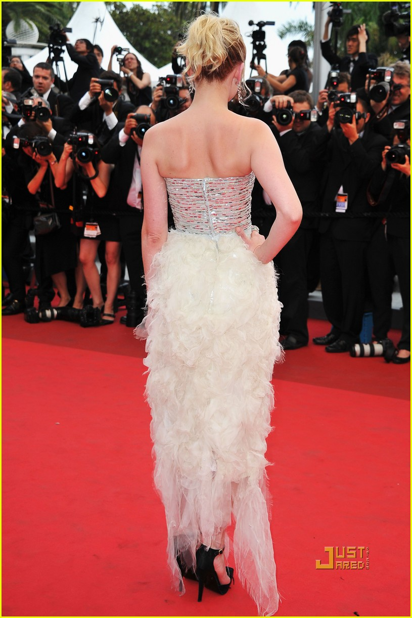 kirsten dunst cannes closing film 052546157