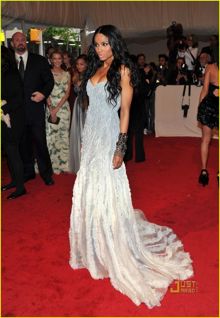 ciara met ball 2011 01