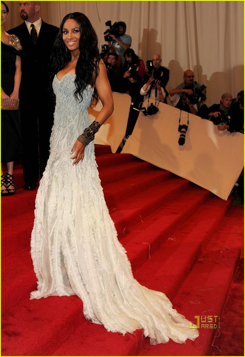 ciara met ball 2011 032540385