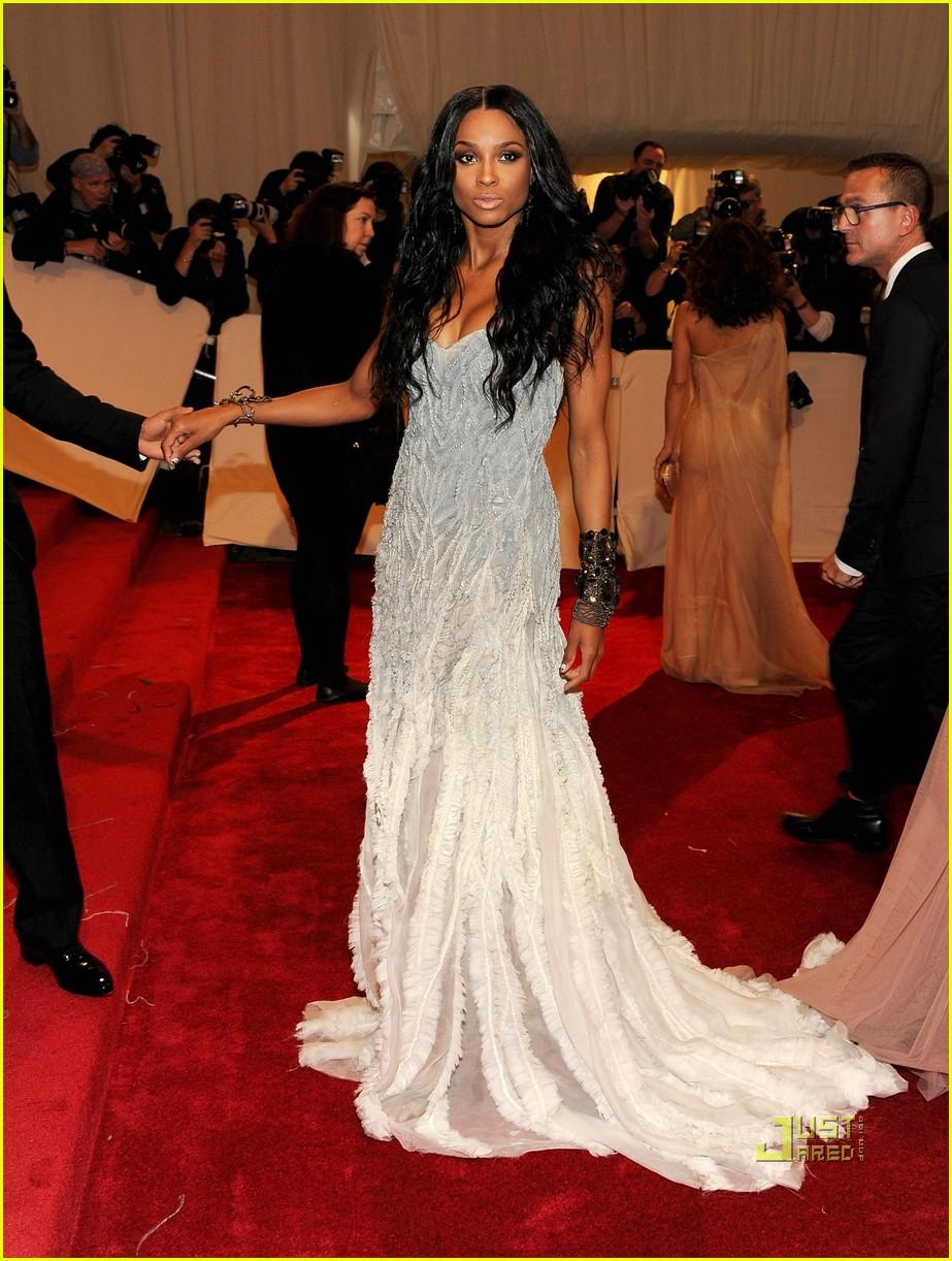 ciara met ball 2011 042540386