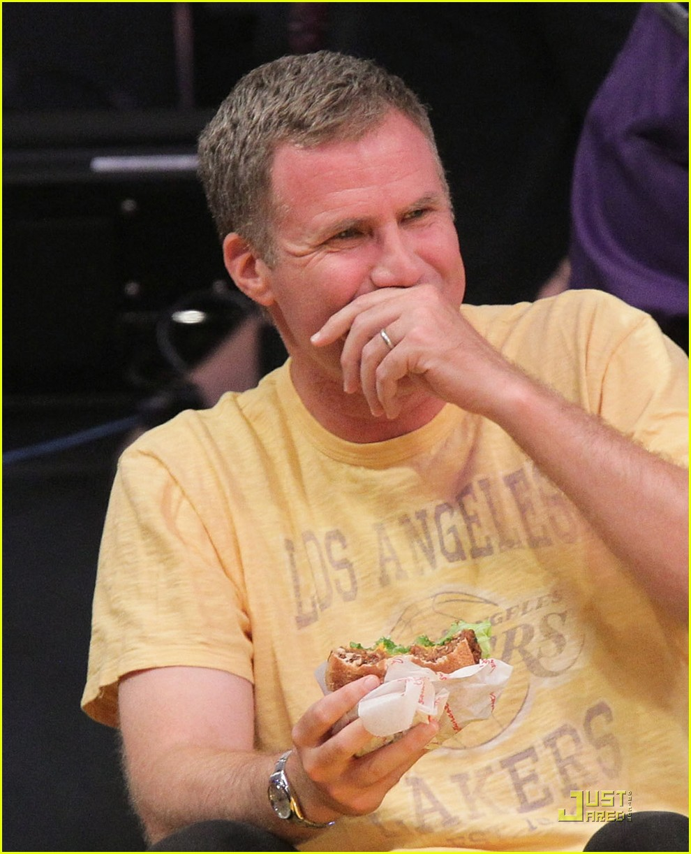 will ferrell john c reilly kiss lakers game 102540529