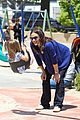 jennifer garner kisses for seraphina 07