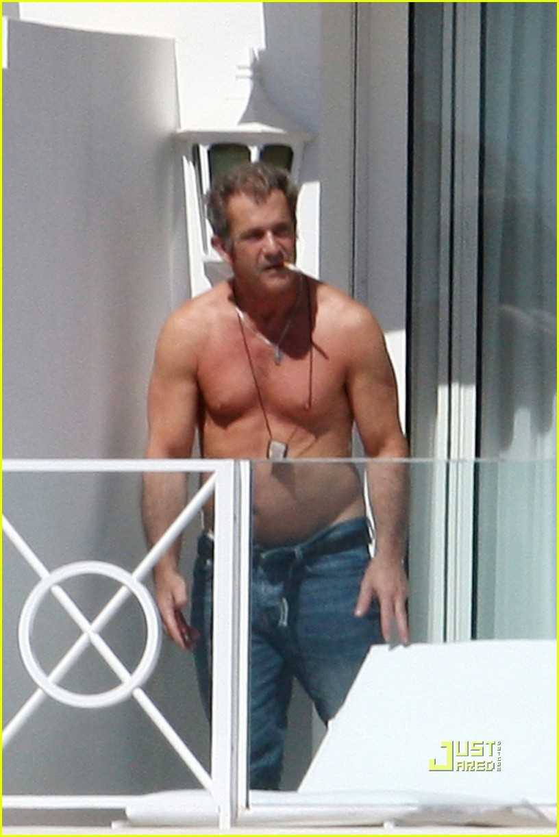 mel gibson shirtless cannes 032544887
