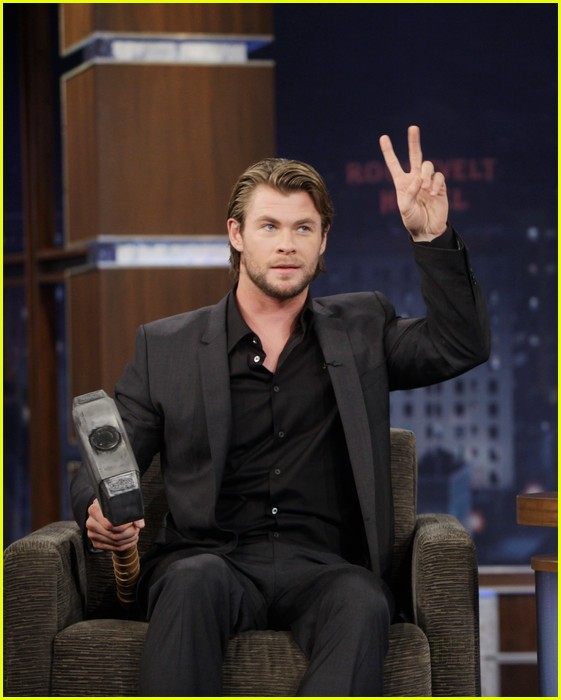 chris hemsworth jimmy kimmel live 03
