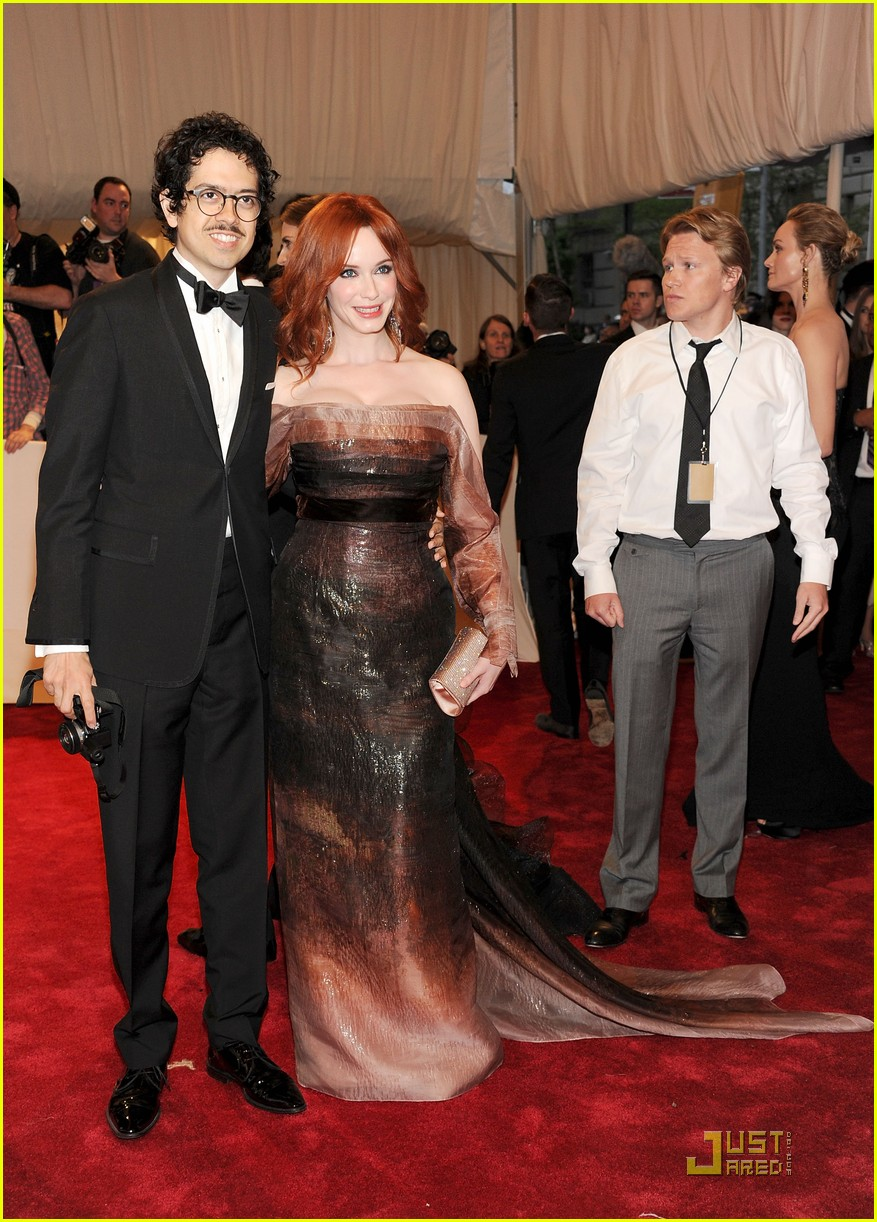 christina hendricks met ball 2011 08