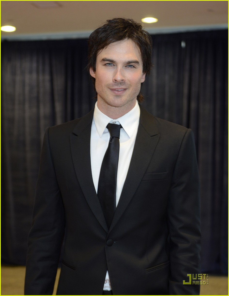 ian somerhalder nina dobrev white house correspondents dinner 042539626