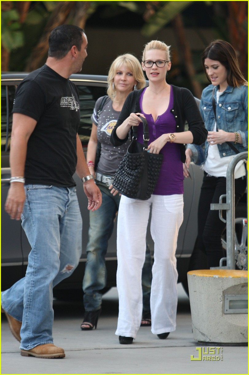 january jones lakers game 092540857