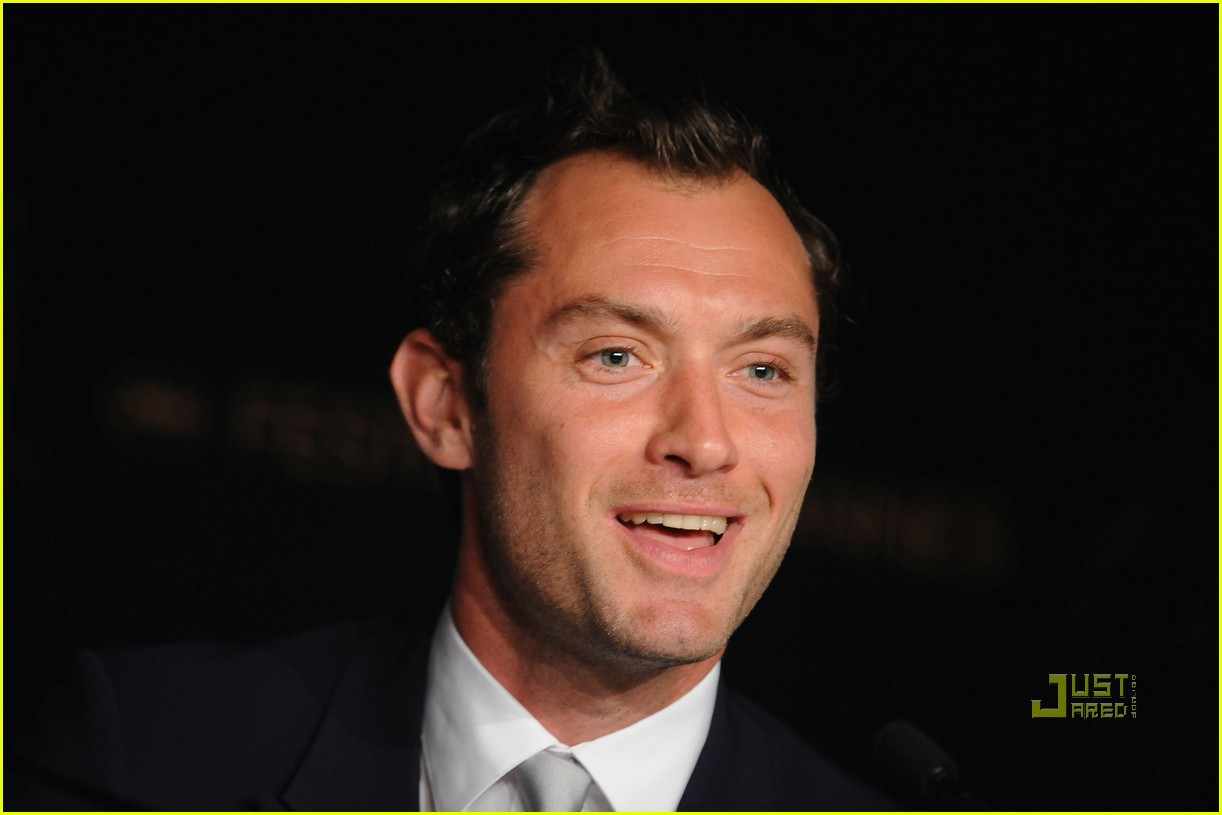 jude law uma thurman cannes jury 44