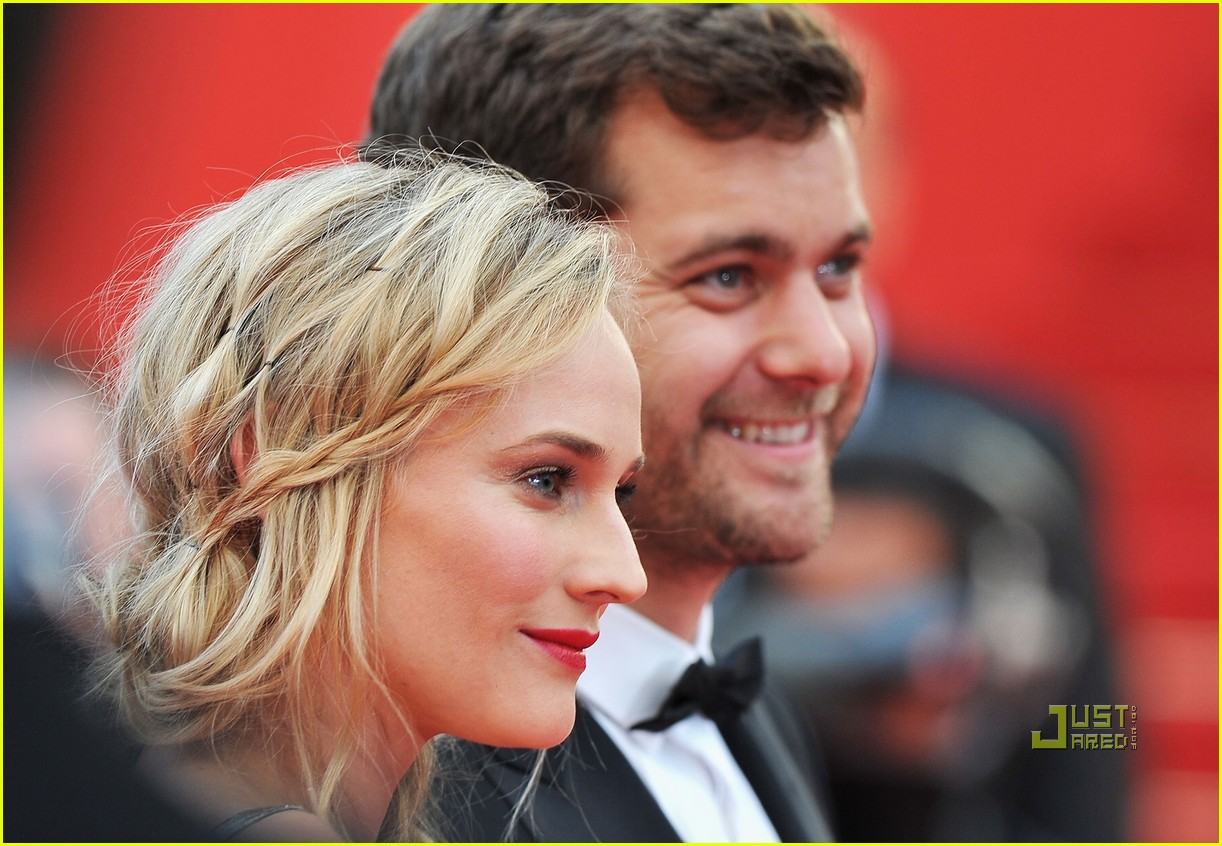 diane kruger joshua jackson sleeping beauty cannes film festival 2011 01