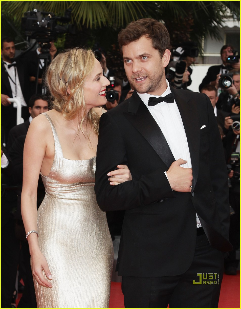 diane kruger joshua jackson sleeping beauty cannes film festival 2011 08
