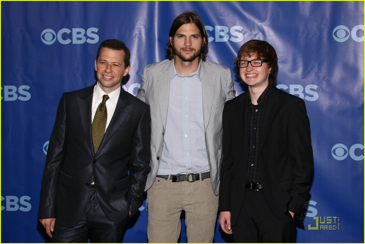 ashton kutcher two and a half men new cast 04