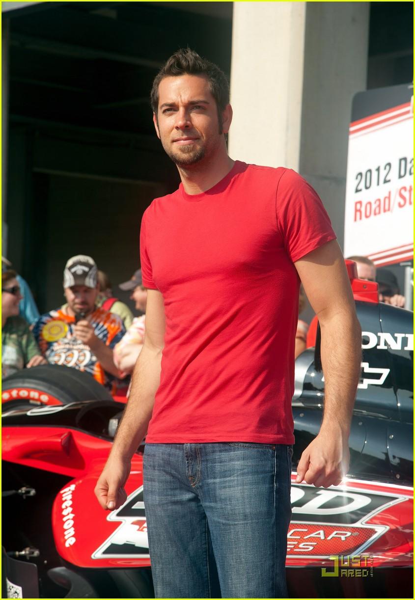 Zachary Levi: Indy 500 Weekend!: Photo 2548212 | Zachary