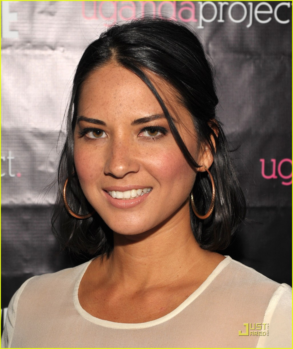 olivia munn uganda project fundrasier with jason ritter 042544131