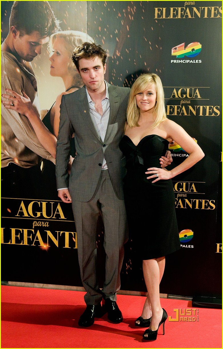 reese witherspoon spain robert pattinson water for elephants 13