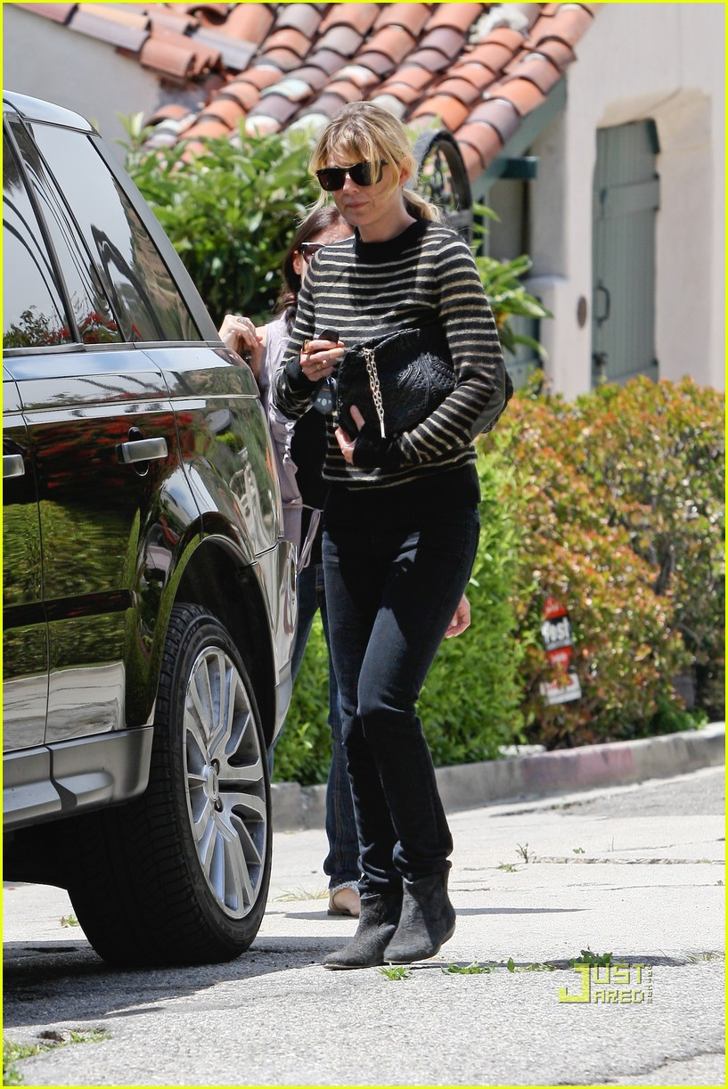 ellen pompeo business meeting 01