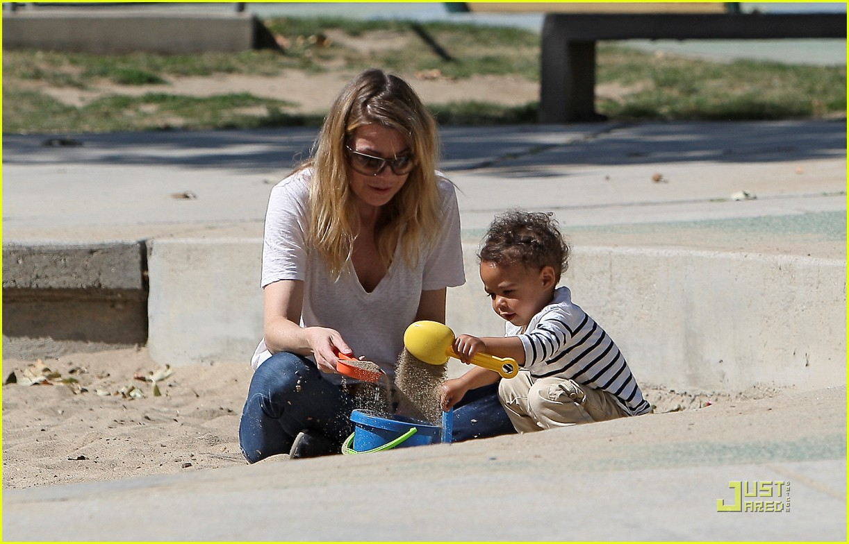 ellen pompeo seesaw with stella 16