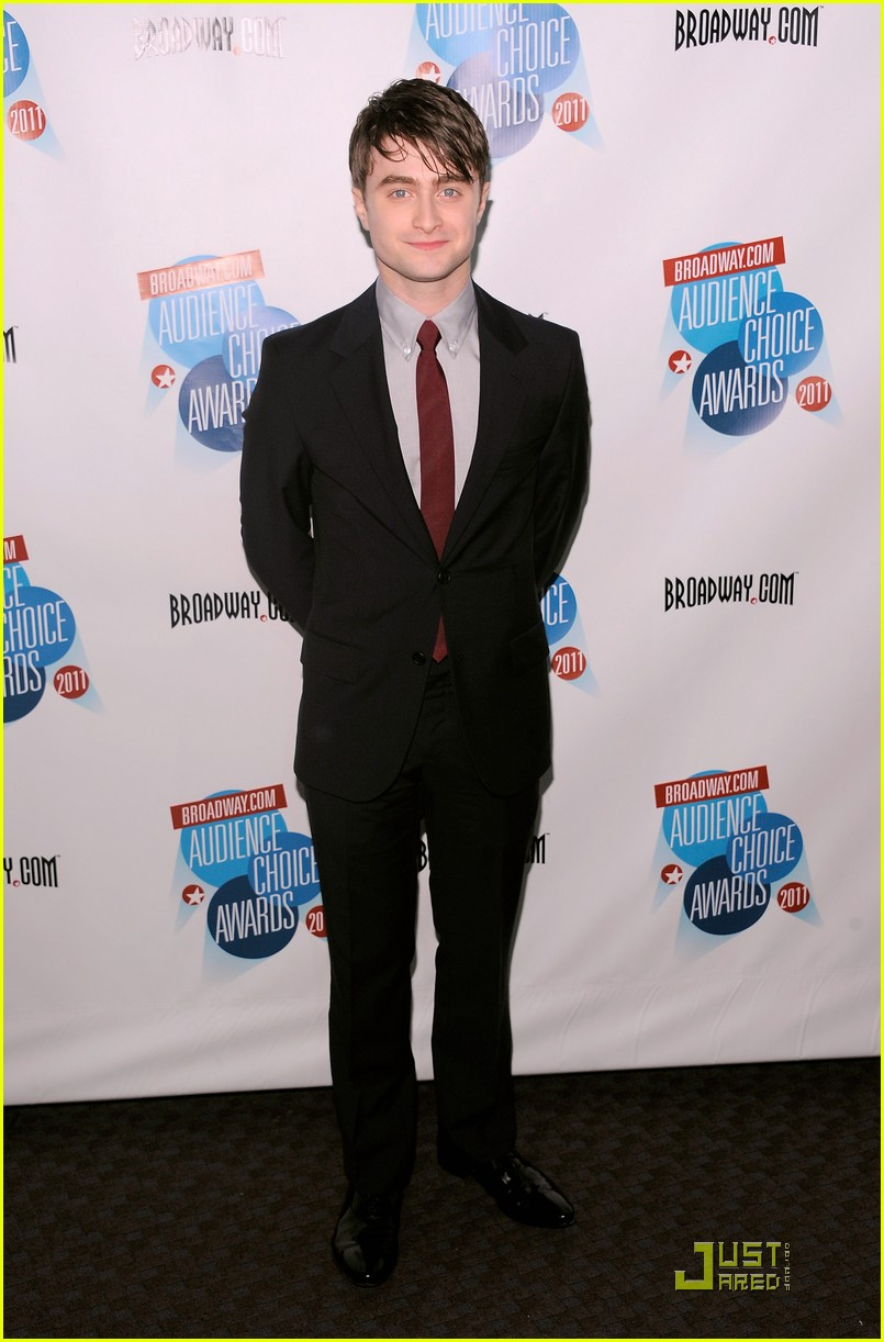 daniel radcliffe broadway audience choice awards 01