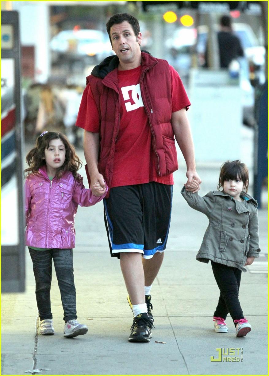 Adam Sandler: Strolling with Sadie & Sunny!: Photo 2547834