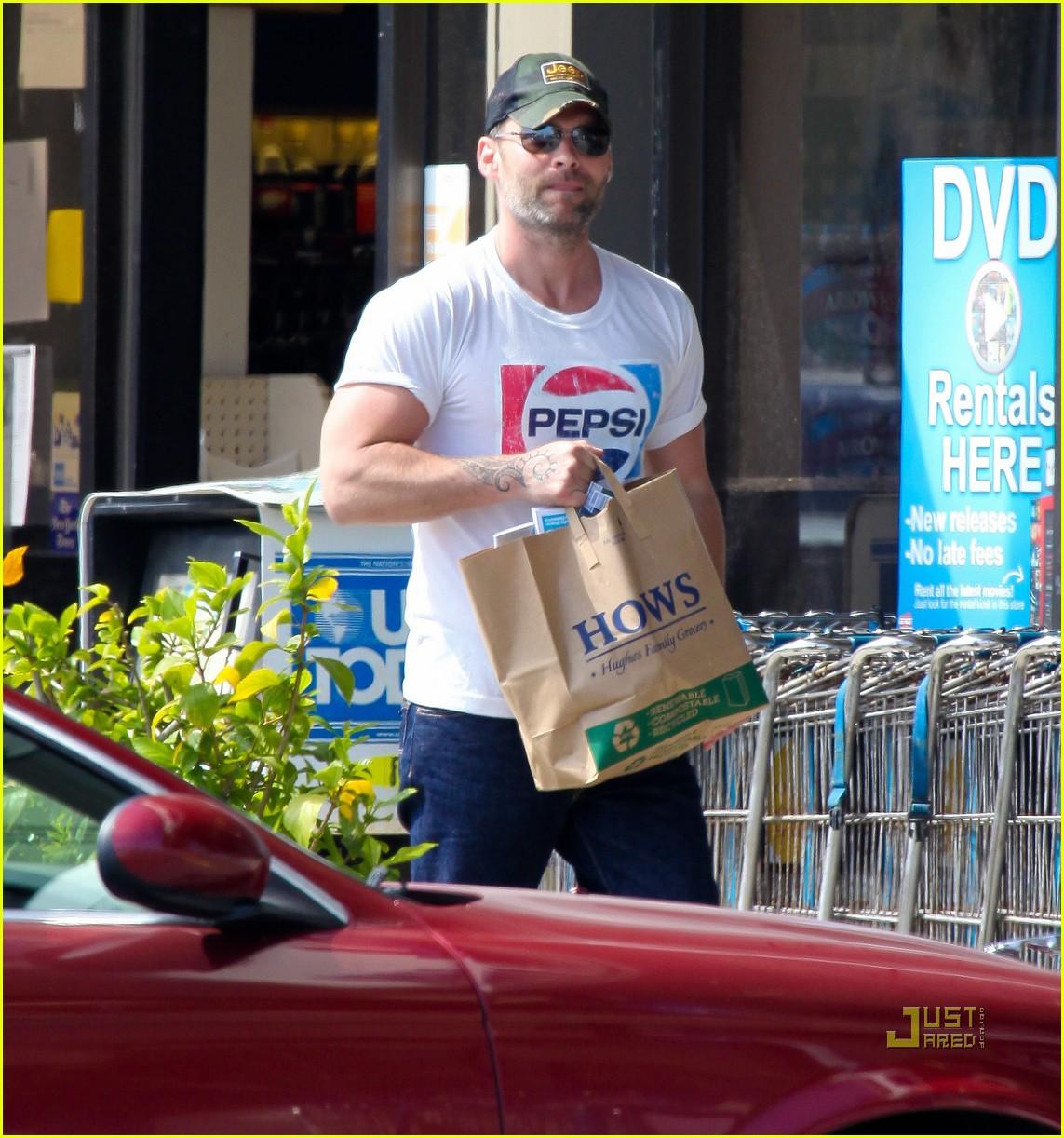 seann william scott pepsi shirt grocery store 012541731