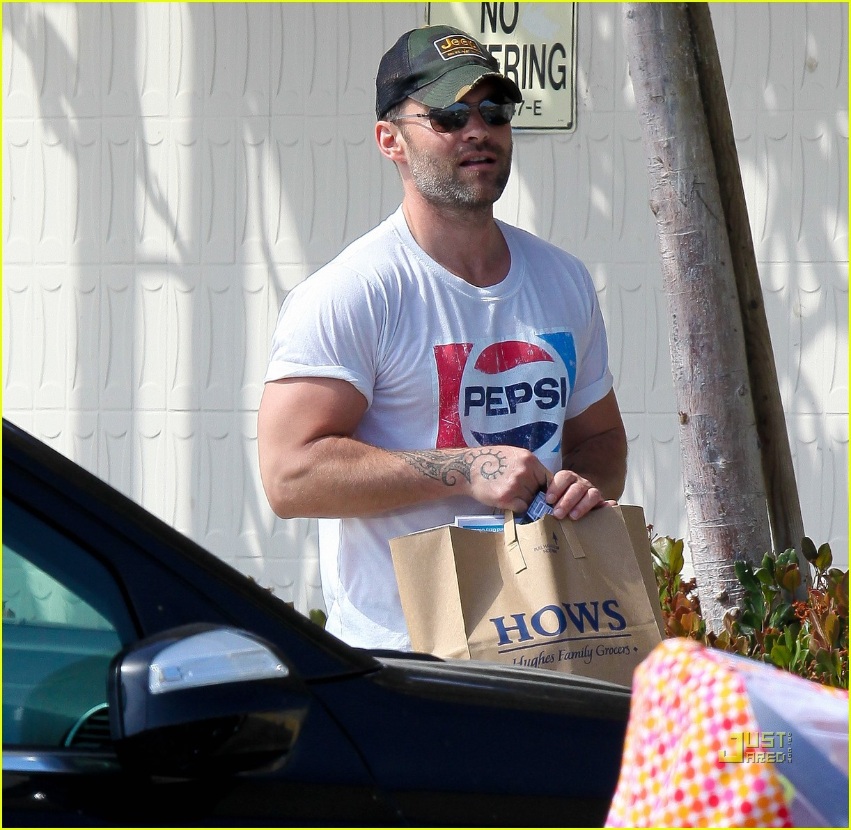 seann william scott pepsi shirt grocery store 072541737