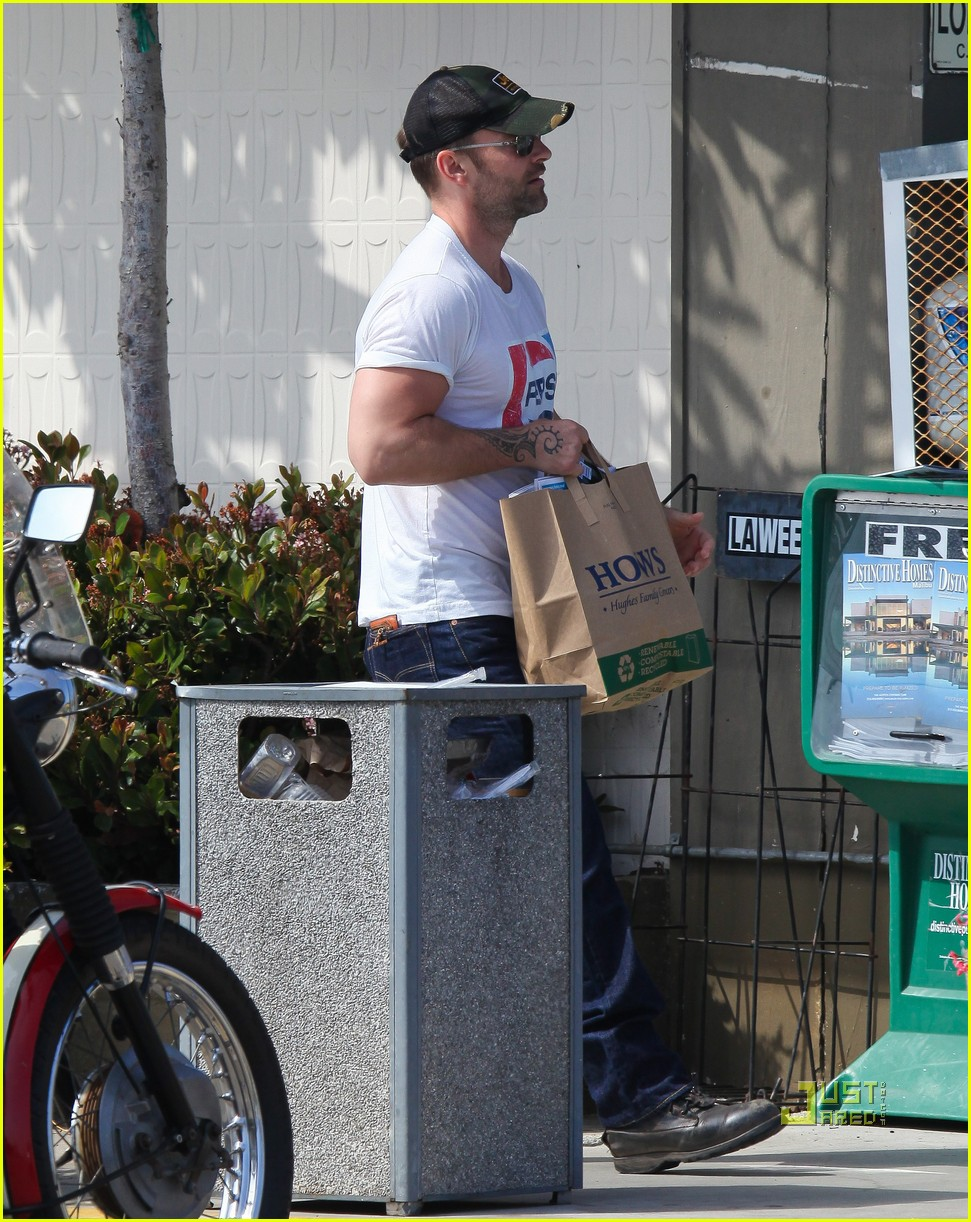 seann william scott pepsi shirt grocery store 092541739