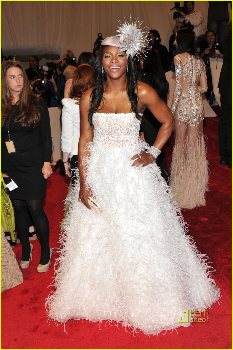 serena williams met ball 2011 01