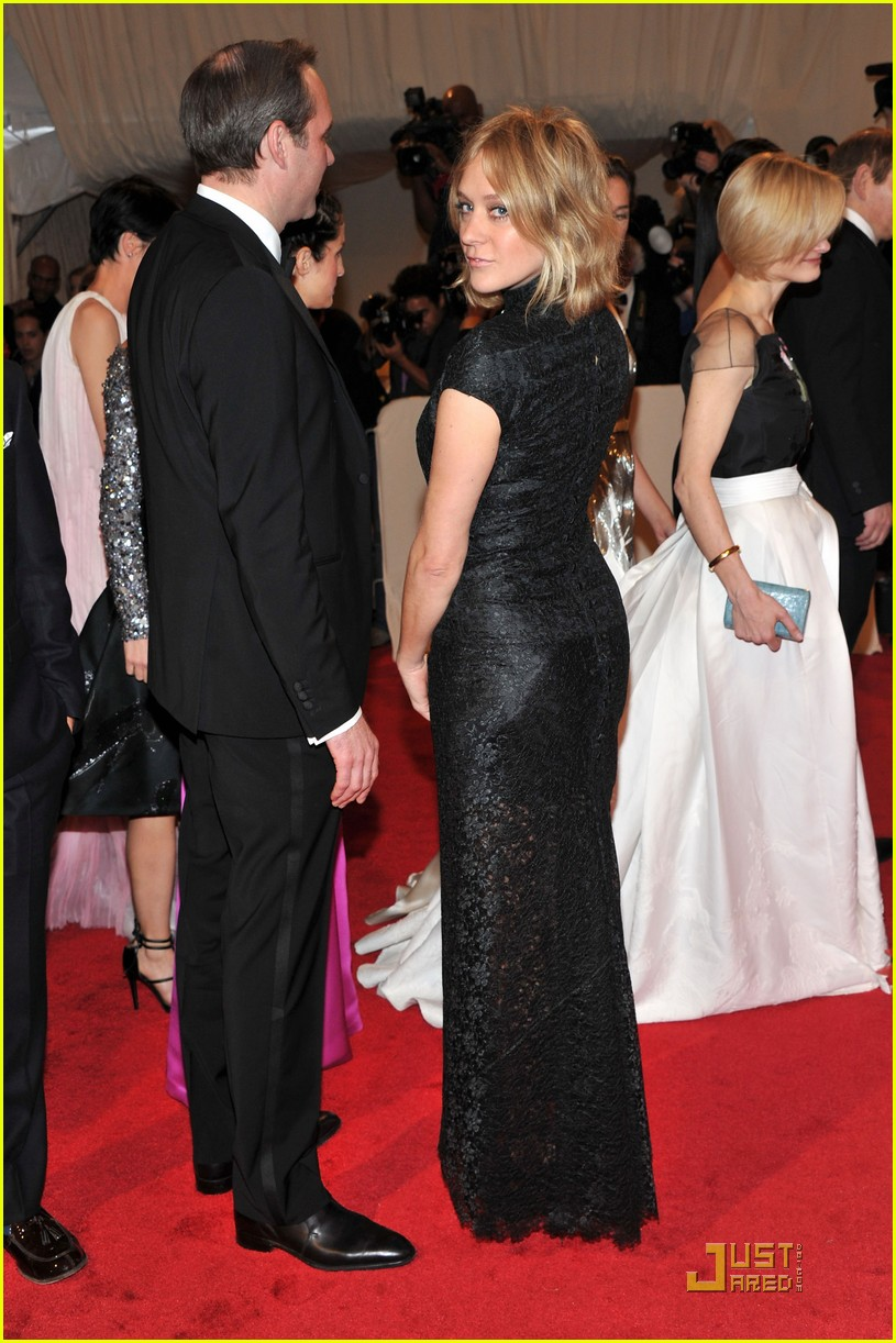 chloe sevigny met ball 2011 02