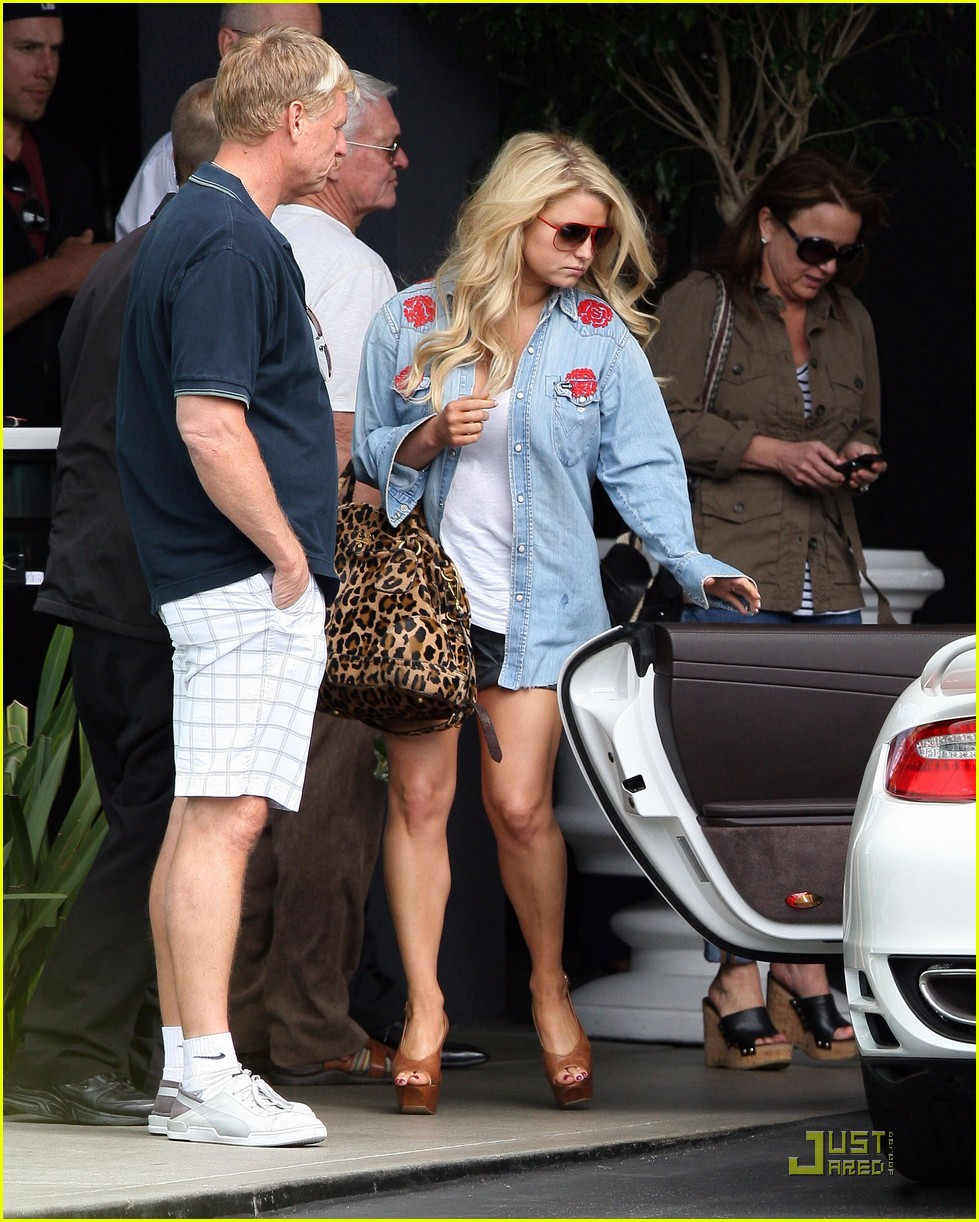 jessica simpson viceroy mothers day 052542249