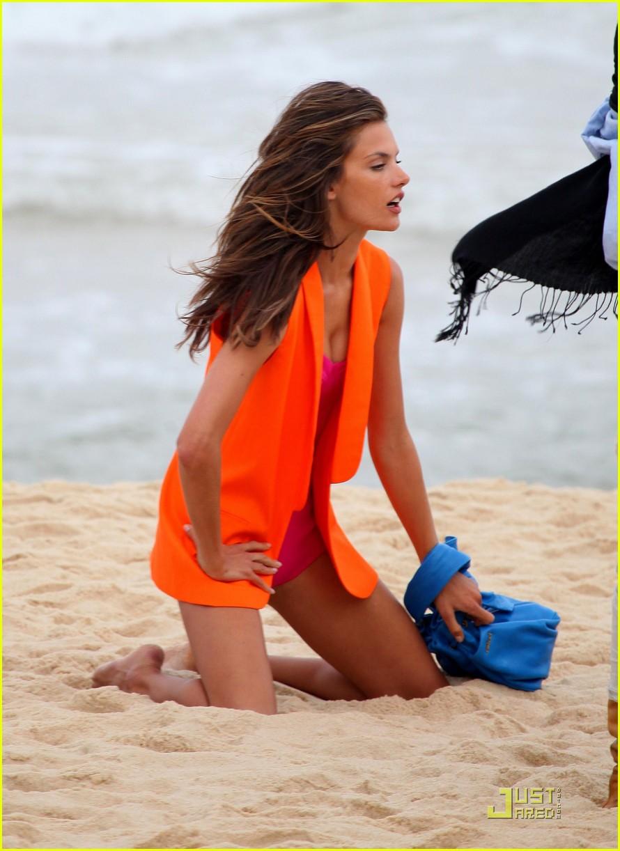 alessandra ambrosio colcci beach shoot 112553150