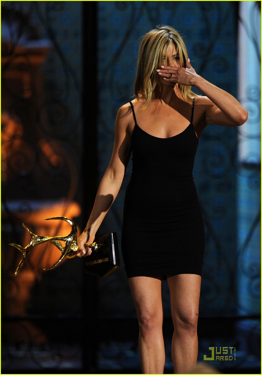 jennifer aniston guys choice 06