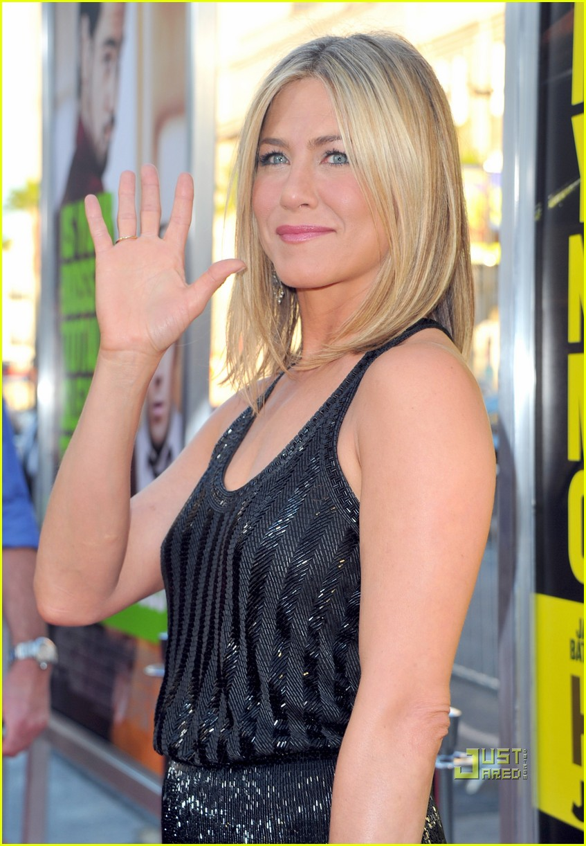 jennifer aniston horrible bosses premiere hollywood 02