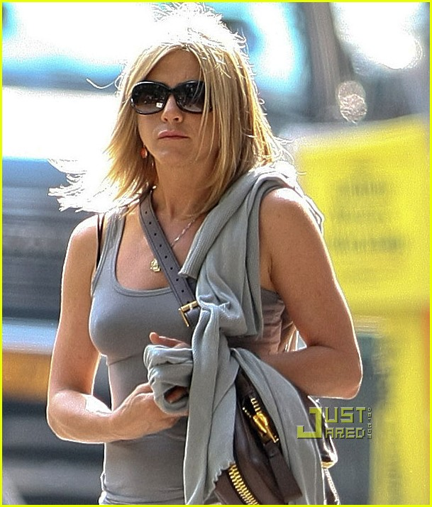 jennifer aniston white skirt nyc 02