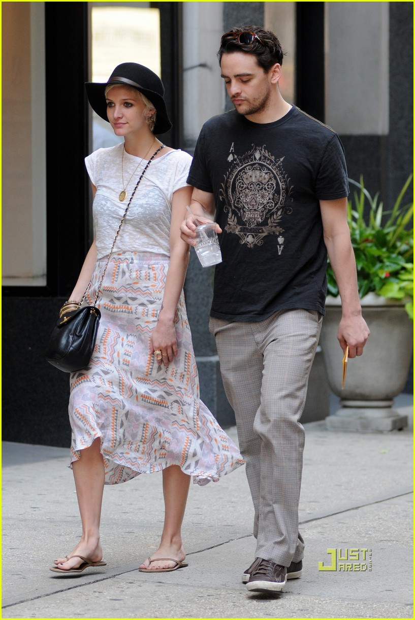 ashlee simpson vincent piazza pda 03